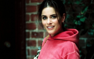 Amanda Peet sudadera rosa wallpapers and stock photos