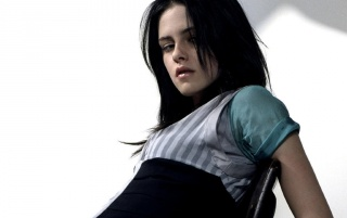 Kristen Layed Back wallpapers and stock photos
