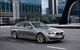 5 Series Front and Side Speed wallpapers and stock photos