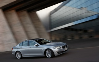 5 Series Front and Side Speed 3 wallpapers and stock photos
