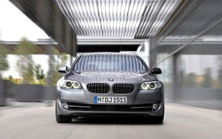 5 Series Front Geschwindigkeit wallpapers and stock photos