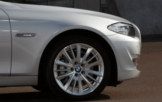 5 Series Wheel wallpapers and stock photos