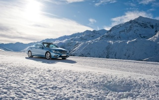 2010 E-Class Cabriolet Snow wallpapers and stock photos