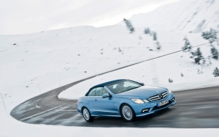 2010 E-Class Cabriolet Snow Speed wallpapers and stock photos