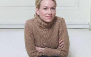 Naomi Watts Beige Sweater wallpapers and stock photos