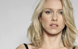 Random: Naomi Watts Beatiful 3