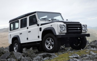 Land Rover Jeep Front wallpapers and stock photos