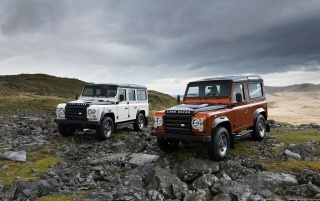 Land Rover Dual wallpapers and stock photos