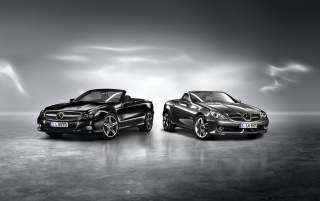 Random: Mercedes-Benz SLK Grand & Night Edition