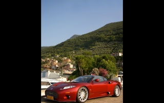 Spyker C8 in Italy Front Angle wallpapers and stock photos