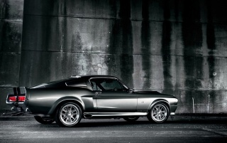 Next: Shelby Mustang GT500 in black