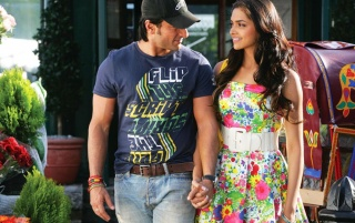Love aaj Kal wallpapers and stock photos