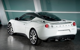 Random: Evora Carbon rear