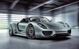 Porsche 918 angle wallpapers and stock photos