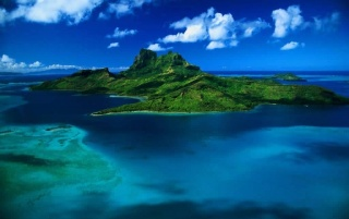 Green island wallpapers and stock photos