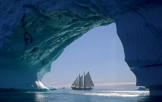 Arctic sailing wallpapers and stock photos