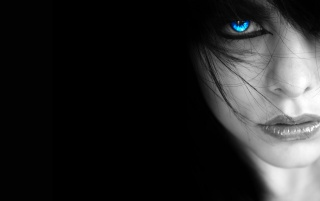 Random: Girl with blue eye