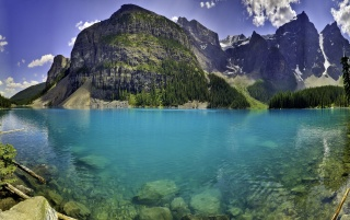 Moraine Lake wallpapers and stock photos