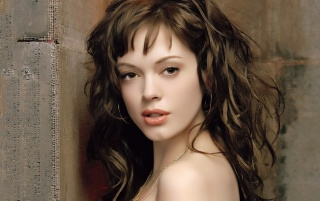 Rose McGowan wallpapers and stock photos