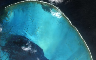 Atoll Pacific wallpapers and stock photos