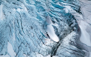 Huge Glacier wallpapers and stock photos