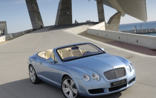 Random: Bentley Continental