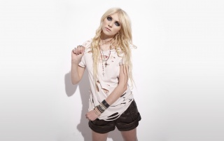 Taylor Momsen 5 wallpapers and stock photos