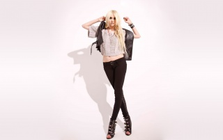 Taylor Momsen 6 wallpapers and stock photos