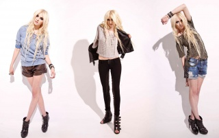 Taylor Momsen 8 wallpapers and stock photos