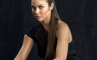 Nadia Bjorlin look wallpapers and stock photos