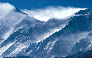mount everest-peak-in-himal wallpapers and stock photos