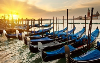 Venice Sunrise wallpapers and stock photos