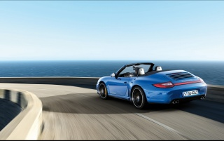Carrera 4 GTS on the road wallpapers and stock photos