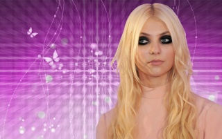 Taylor Momsen 13 wallpapers and stock photos