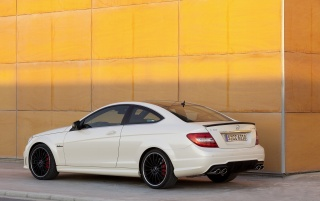 Random: Mercedes Benz E 63 AMG Rear