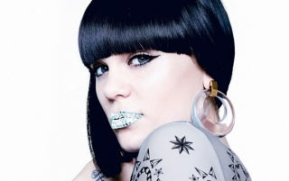 Jessie J Lip Jewelry wallpapers and stock photos