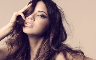 Adriana Lima wallpapers and stock photos