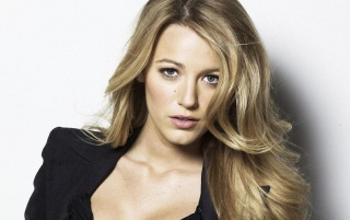 Blake Lively Close-up wallpapers and stock photos