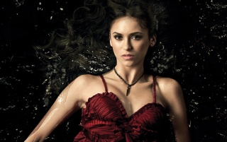 Random: Nina Dobrev The Vampire Diaries