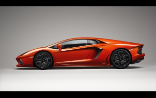 Lamborghini Aventador LP 700-4 Side wallpapers and stock photos