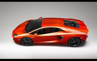 Lamborghini Aventador LP 700-4 Side Angle wallpapers and stock photos