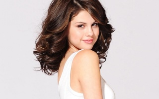 Selena Gomez White Dress wallpapers and stock photos