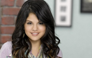 Selena Gomez Closeup wallpapers and stock photos