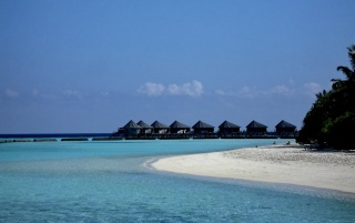 Komandoo Maldives wallpapers and stock photos