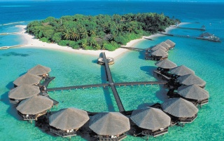 Male Atoll Huts wallpapers and stock photos