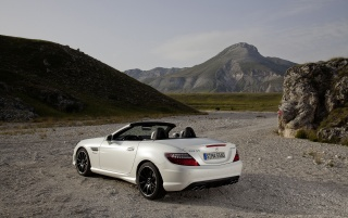 Next: Mercedes Benz SLK 55 AMG Rear And Side