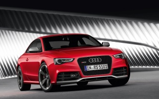 Audi RS5 Front Angle 5 wallpapers and stock photos