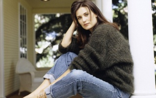 Demi Moore Jeans wallpapers and stock photos