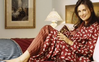 Demi Moore Cama wallpapers and stock photos