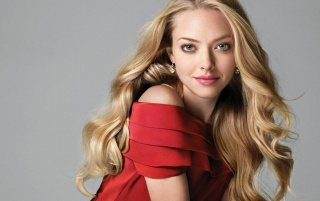 Amanda Seyfried Red Dress wallpapers and stock photos